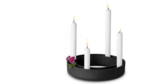 muuto gloria sort belysning m rk stue. Black Bedroom Furniture Sets. Home Design Ideas